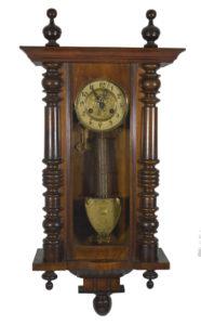 Duży wybór zegarów stojących, wiszących, kominkowych bardzo ozdobnych., barokowych, kieszonkowych. Polecamy zegary z mechanizmami Gustav Becker - ENTERTEAK Grodzisk Mazowiecki
