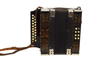 Stylowe dodatki do każdego wnętrza - ENTERTEAK Grodzisk Mazowiecki - akordeon antyczny
